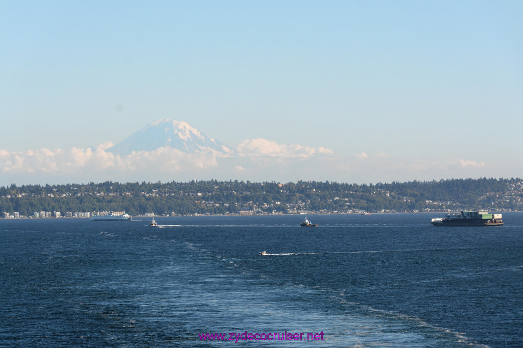 149 Carnival Miracle Alaska Cruise Seattle Embarkation Mount Rainier