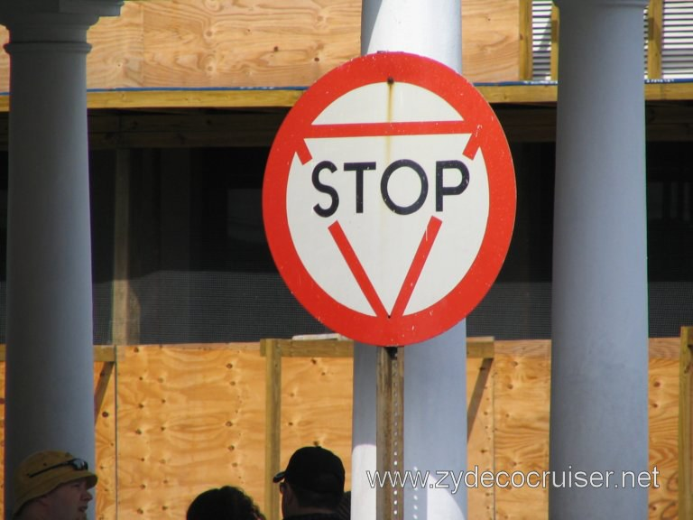 Stop/Yield sign? Nassau, Bahamas