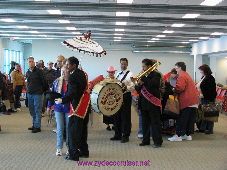 New Orleans, Erato Street Cruise Terminal, the band from the Riverwalk came over to say hello