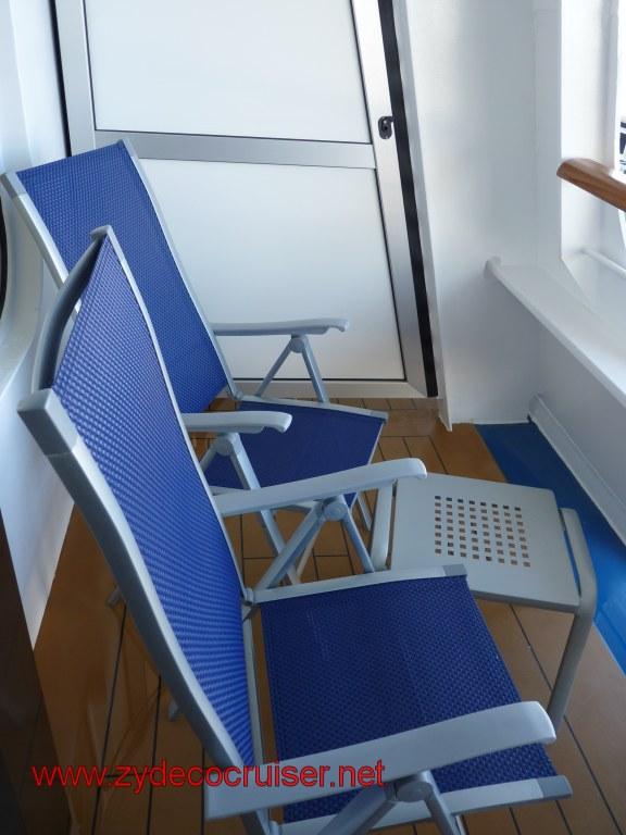 008 Carnival Dream Cove Balcony Standard Furniture The