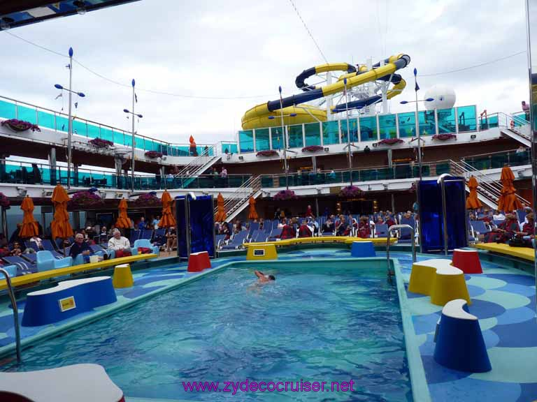 5047: Carnival Dream, Mediterranean Cruise, Waves Pool